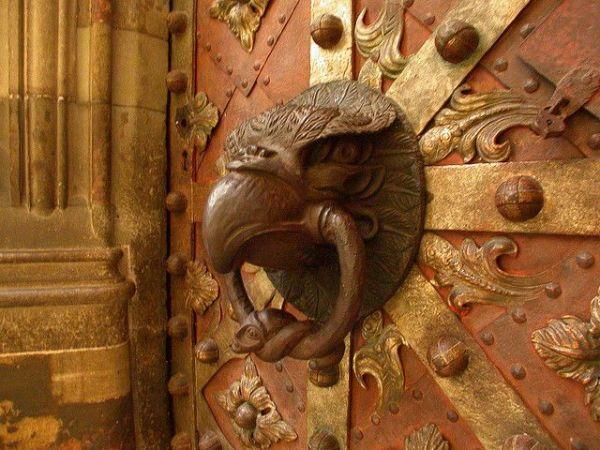 Ravenclaw knocker